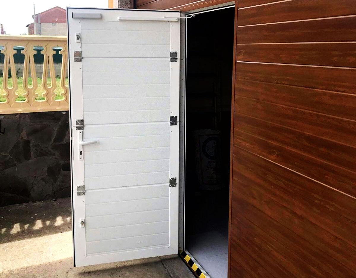 Portón garaje puerta