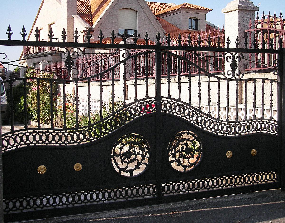 CIERRASTUR Puerta finca 8