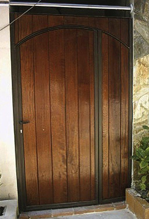 Puerta de portal ciega