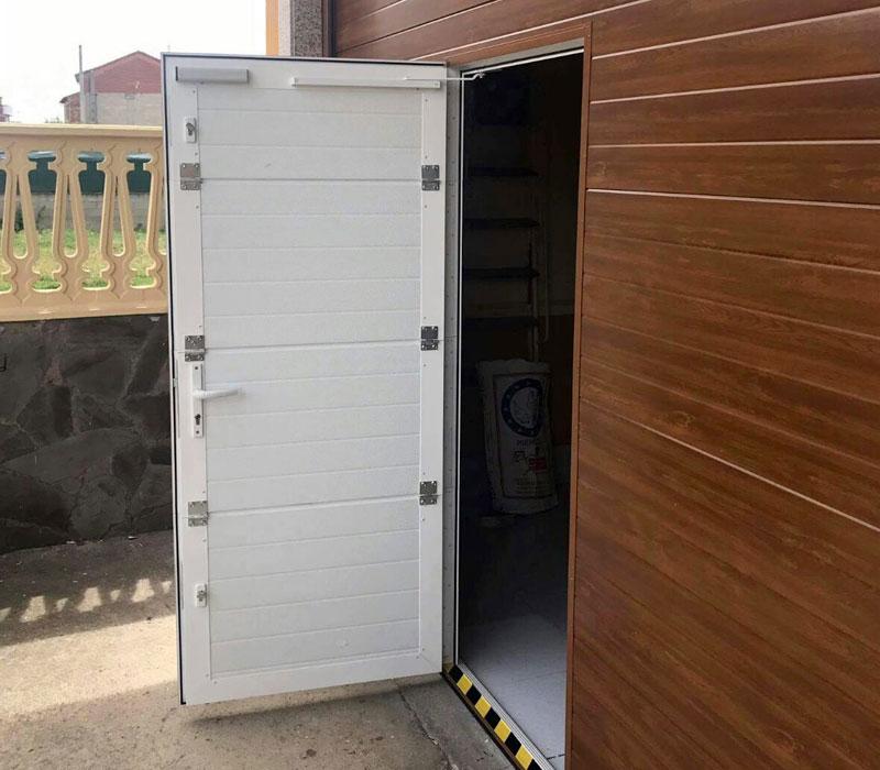 Portones de garaje detalle puerta